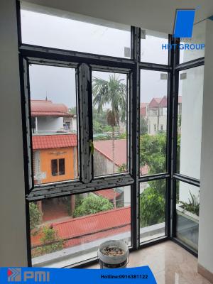 Hình ảnh cửa sổ kết hợp vách vuông góc